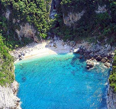 One of the numerous small coves that lie hidden on the coasts of Pelion